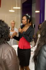 Foto Jasmine Sendar presenteert producten van IQ beauty